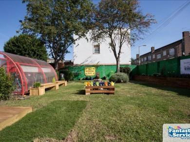 John Burn's school - Fantastic Gardeners project pictures 45