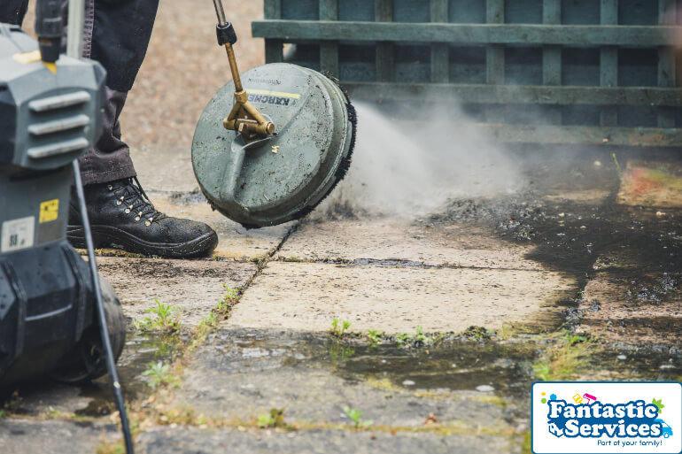 Jet washing by Fantastic Gardeners 1