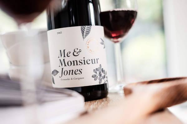 Me & Monsieur Jones 2015 2 (1)