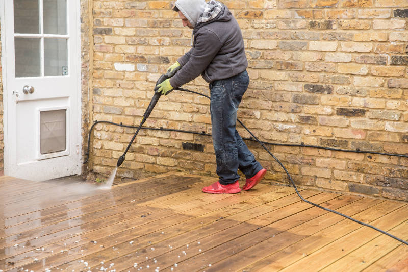 decking jet wash in clapham