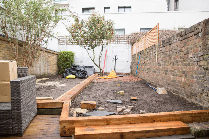 laying garden borders