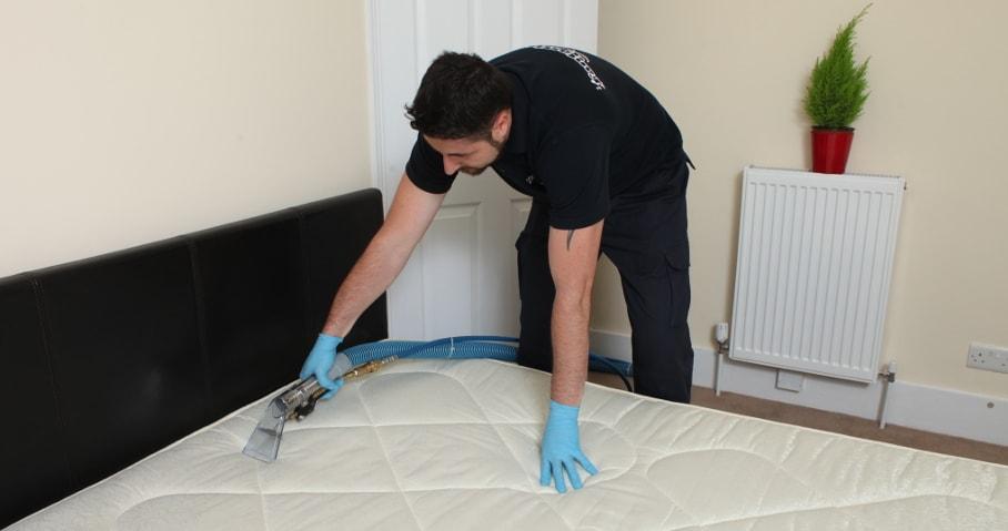 Steam cleaning a mattress
