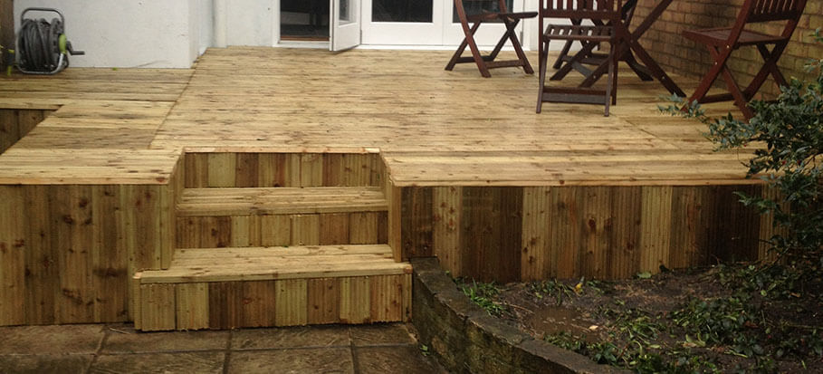 Cleaning a Decking Without Jet Washing Machine