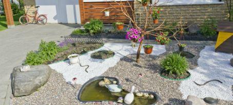 front gravel garden