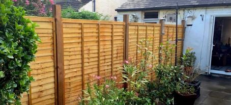 larchlap fencing done by Fantastic Services