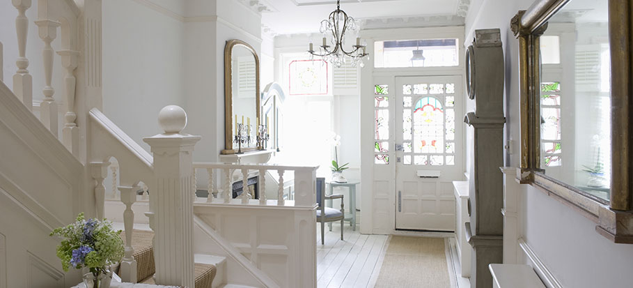 White home in London for staging